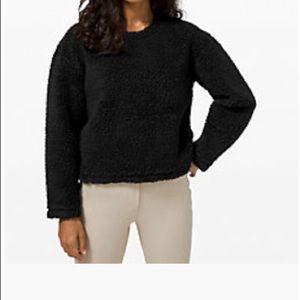 Lululemon Wool Whenever Sherpa sweatshirt EUC